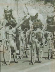 CON LAS FUERZAS DE AMILCAR QUICIBAL, su compañero de equipo, Castañeda logró recuperar el paso para alcanzar a los punteros durante la última etapa de la Vuelta.
